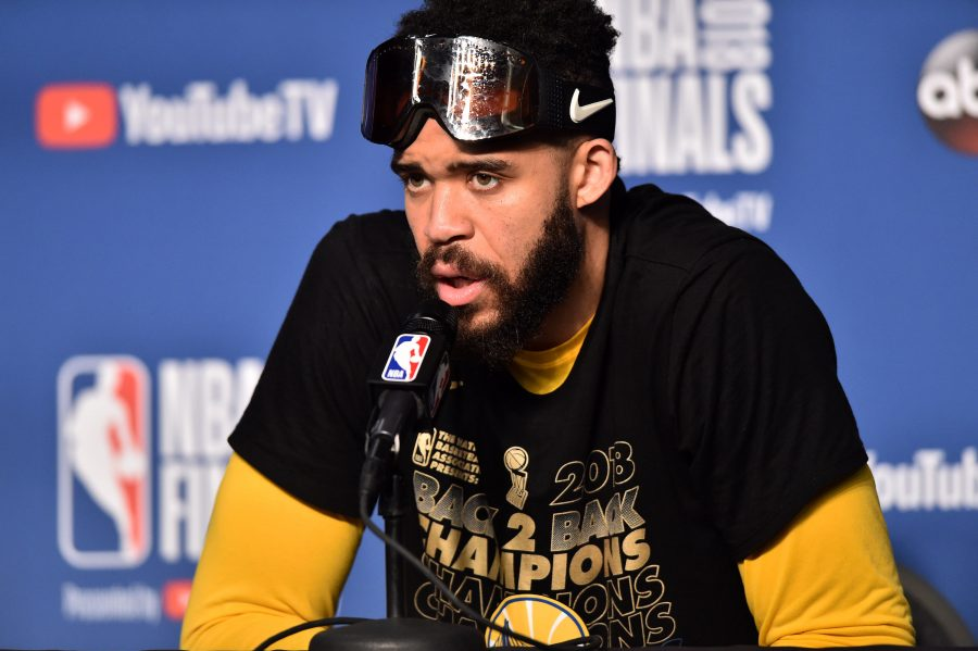 Lakers Sign JaVale McGee  ac54f7b41