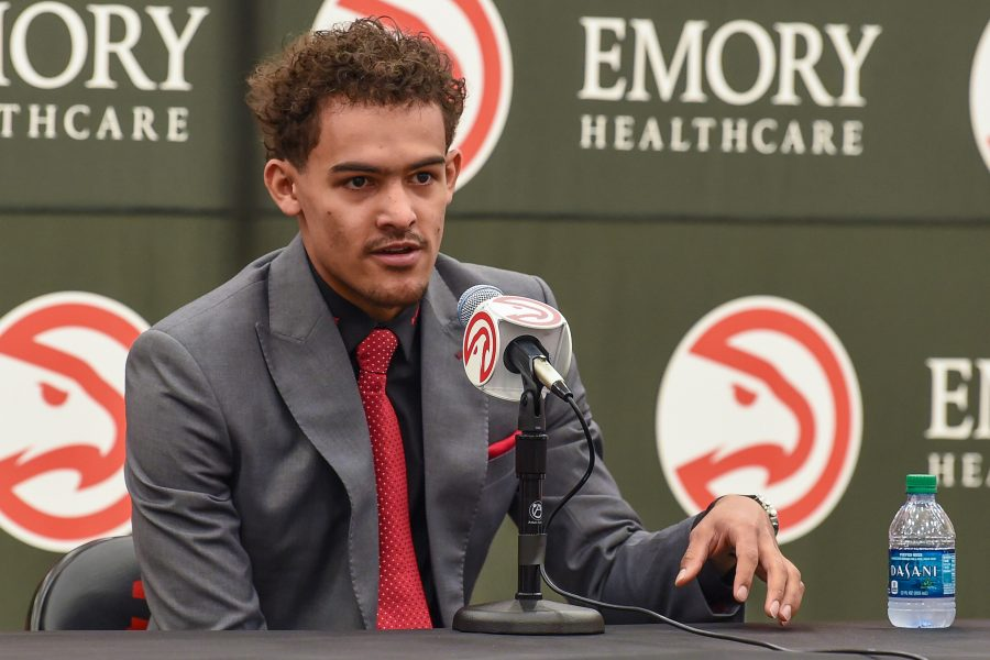 Trae-young-hawks-900x600